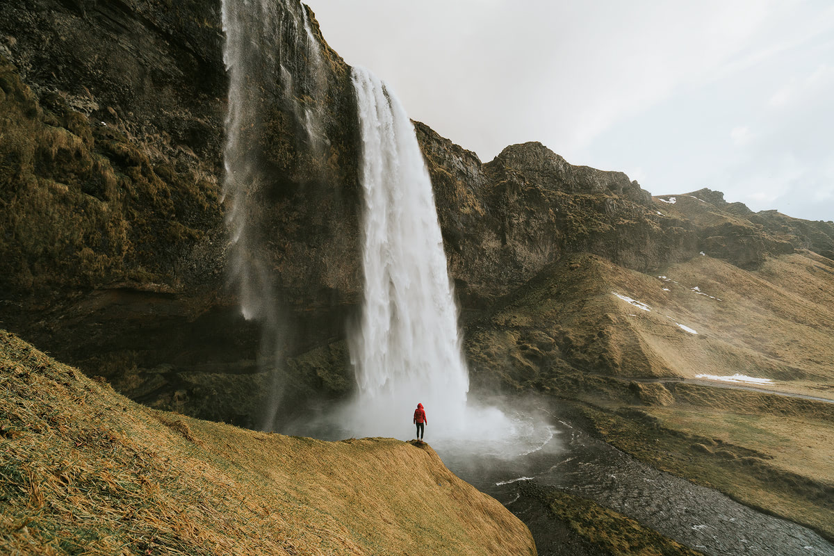 Iceland - Seljalandsfoss - Renee Roaming