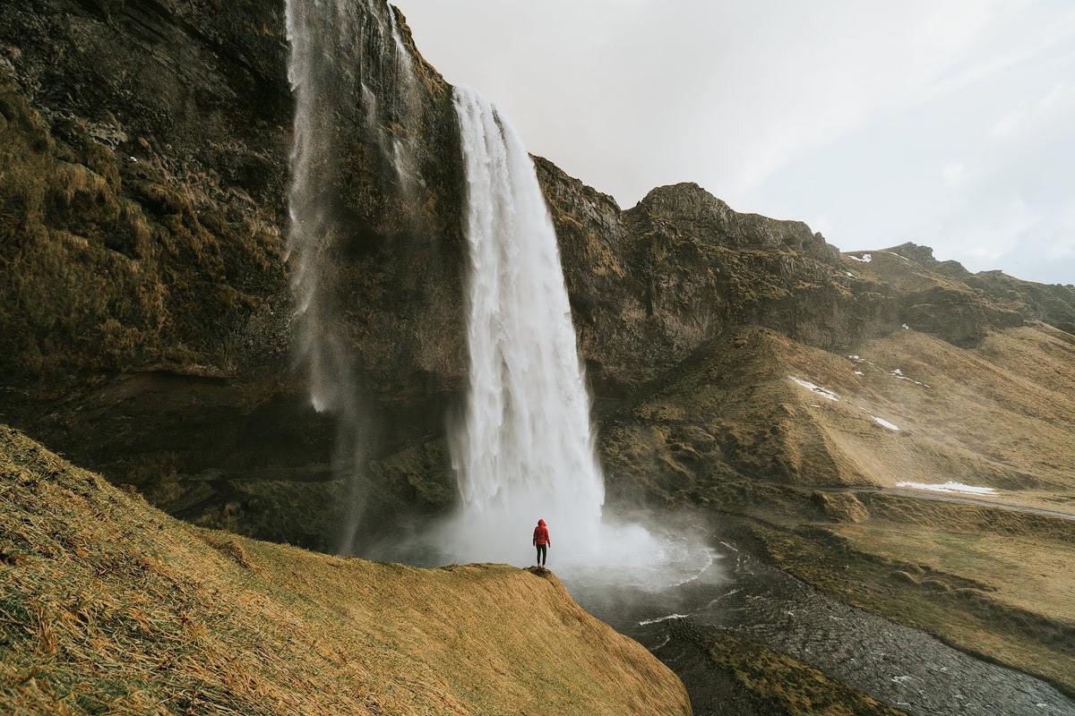 Iceland - Seljalandsfoss - Renee Roaming