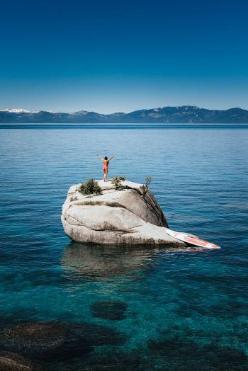 The-Ultimate-Adventure-Getaway-to-Reno-and-Lake-Tahoe-SUP-Renee-Roaming-02