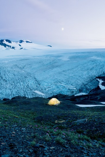5-Epic-Alaska-Hiking-&-Backpacking-Adventures-Harding-Icefield4-ReneeRoaming