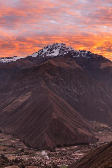 Best-Things-To-Do-In-And-Around-Cusco-Peru-Chinchero-Sunrise