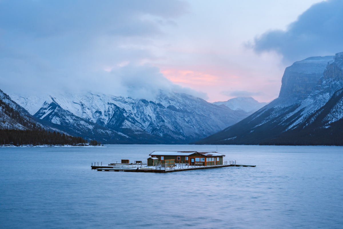 Planning a Trip to Banff in Winter - Lake Minnewanka 2 -Renee Roaming