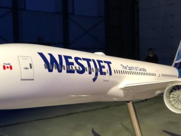 WestJet unveils its Dreamliner 787 to the world