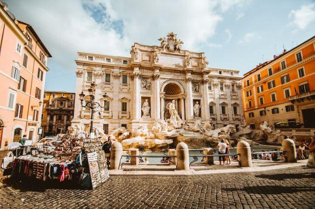 Trevi Fountain, 3 days in Rome - Renee Tsang Travel
