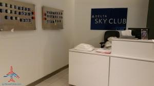 Delta Sky Club Atlanta F International Terminal SkyDeck review RenesPoints blog (32)