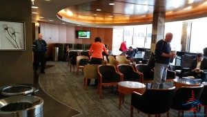 Delta Sky Club Chicago Ohare review RenesPoints blog (12)