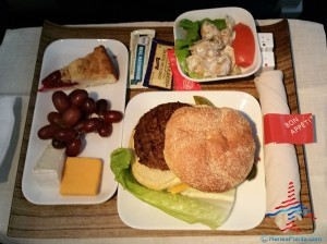 Delta 1st class meal cheeseburger lunch