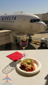Delta Sky Club E Concorse Atlanta ATL review RenesPoints blog (41)