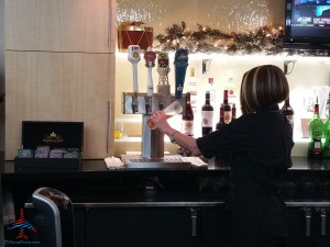 four free beer choices DFW Skyclub renespoints blog