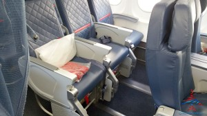 leg room front row comfort plus delta 757-200 renespoints blog