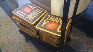 Delta Air Lines feeds pizza to stranded passangers salt lake slc after two broken jets long layover (2)