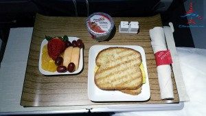 breakfast sandwich delta 1st class renespoints blog