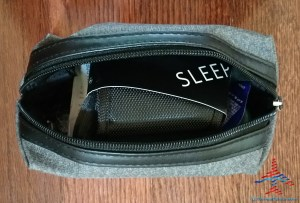 Delta Tumi Delta One Amenity Kit Review Black and Gray RenesPoints blog (6)