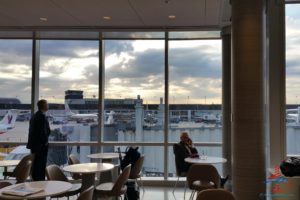 Review American Airlines Admirals Club ORD T3 near G gates RenesPoints blog review (4)