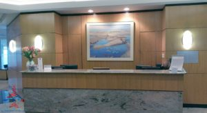 American Airlines Admirals Club YYZ Toronto Canada Terminal 3 Concourse A RenesPoints blog review (3)