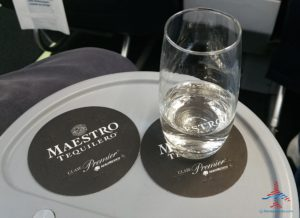 AeroMexico Skyteam 737-800 business class seat review and dinner RenesPoints travel blog (4)