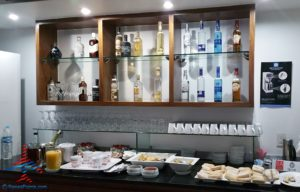 AeroMexico Skyteam Lounge MEX Mexico City Airport RenesPoints Blog Review (11)