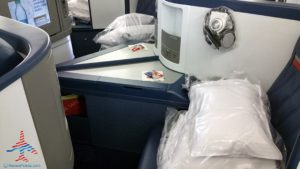 Delta Air Line 747 Delta One business class seat flight review NRT Japan to DTW Detroit RenesPoints blog (7)