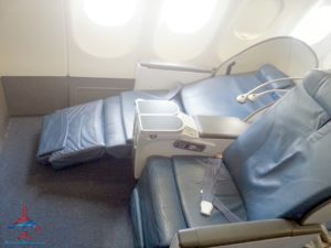 old delta sleeper business class seat