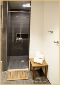 dsc_8900_seattle-delta-skyclub-seatac-shower-suites-laptoptravel_