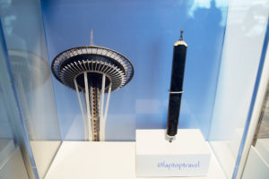 dsc_9188_seattle-space-center-delta-skyclub-art-graphite-pencil-carving-laptoptravel