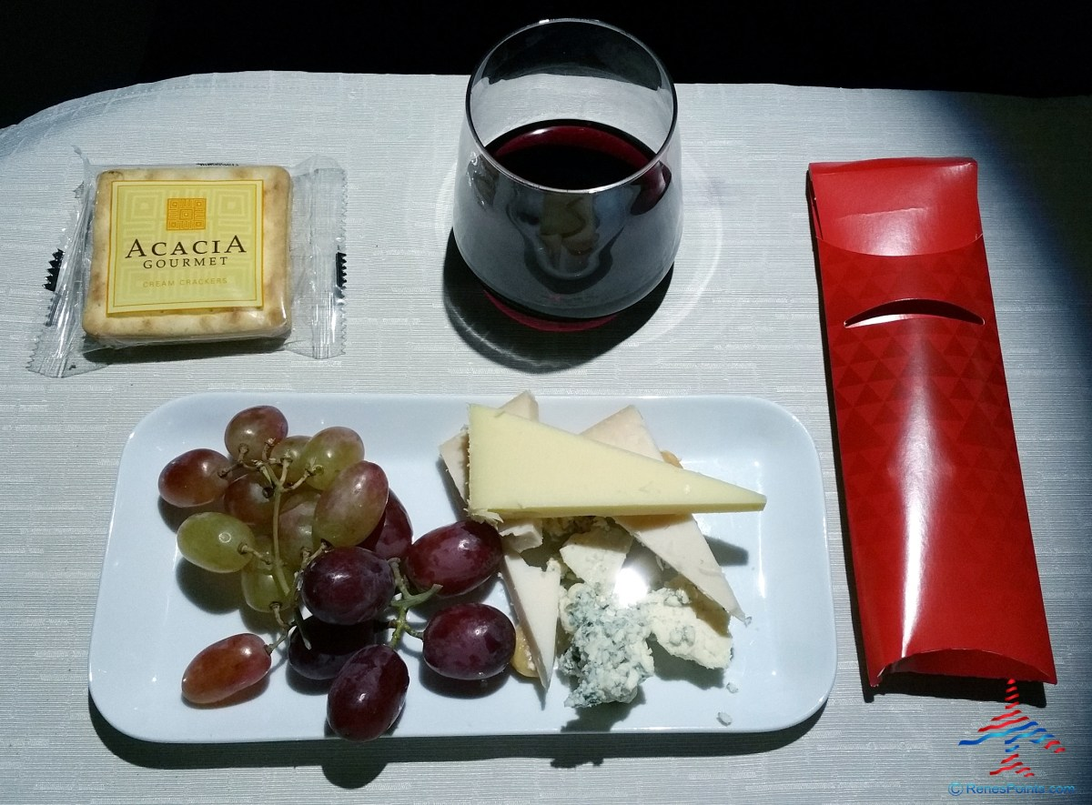 delta-one-business-class-dining-to-hong-kong-renespoints-blog-review-7