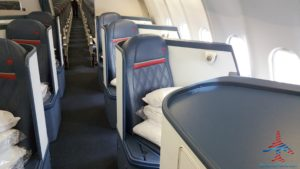 delta-one-business-class-seat-review-renespoints-blog-best-seat-to-choose-2