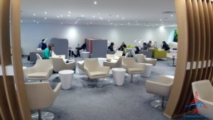 skyteam-delta-lounge-hkg-hong-kong-international-airport-review-renespoints-travel-blog-16