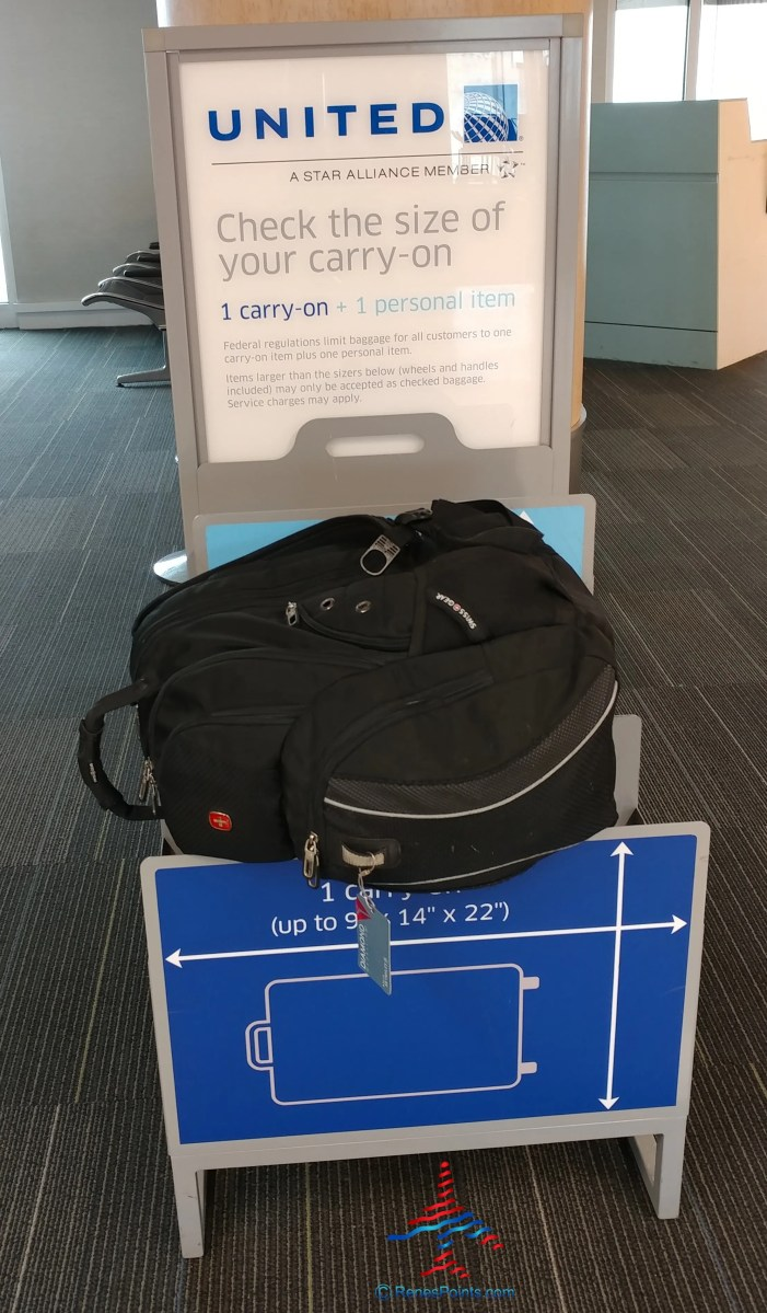 what is the united and american airlines carryon bag check real size
