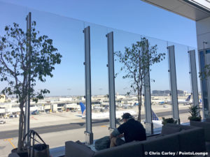 The deck is seen at the United Club LAX airport lounge in Los Angeles, California. © Chris Carley / PointsLounge.