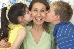 0 heart mothersday_shutterstock_167778515 (67)