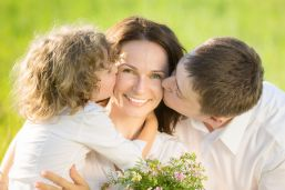 0 heart mothersday_shutterstock_167778515 (70)