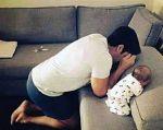 Dad pray