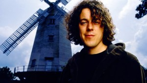 Jonathan Creek Revived For One-Off Special By BBC One!