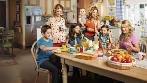 Fuller House Season 3? Cancelled Or Renewed Status
