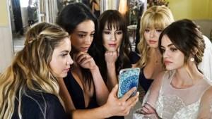 Pretty Little Liars Series Finale – Freeform Flaunts Social Media 'Ratings'