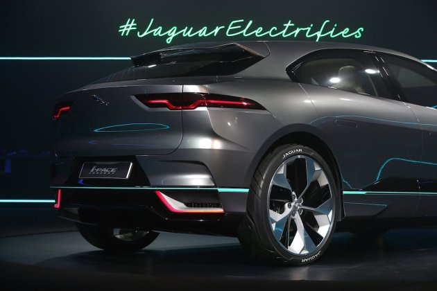 Jaguar Races After Tesla With Electric Car of Their Own (17 Pics Inside)