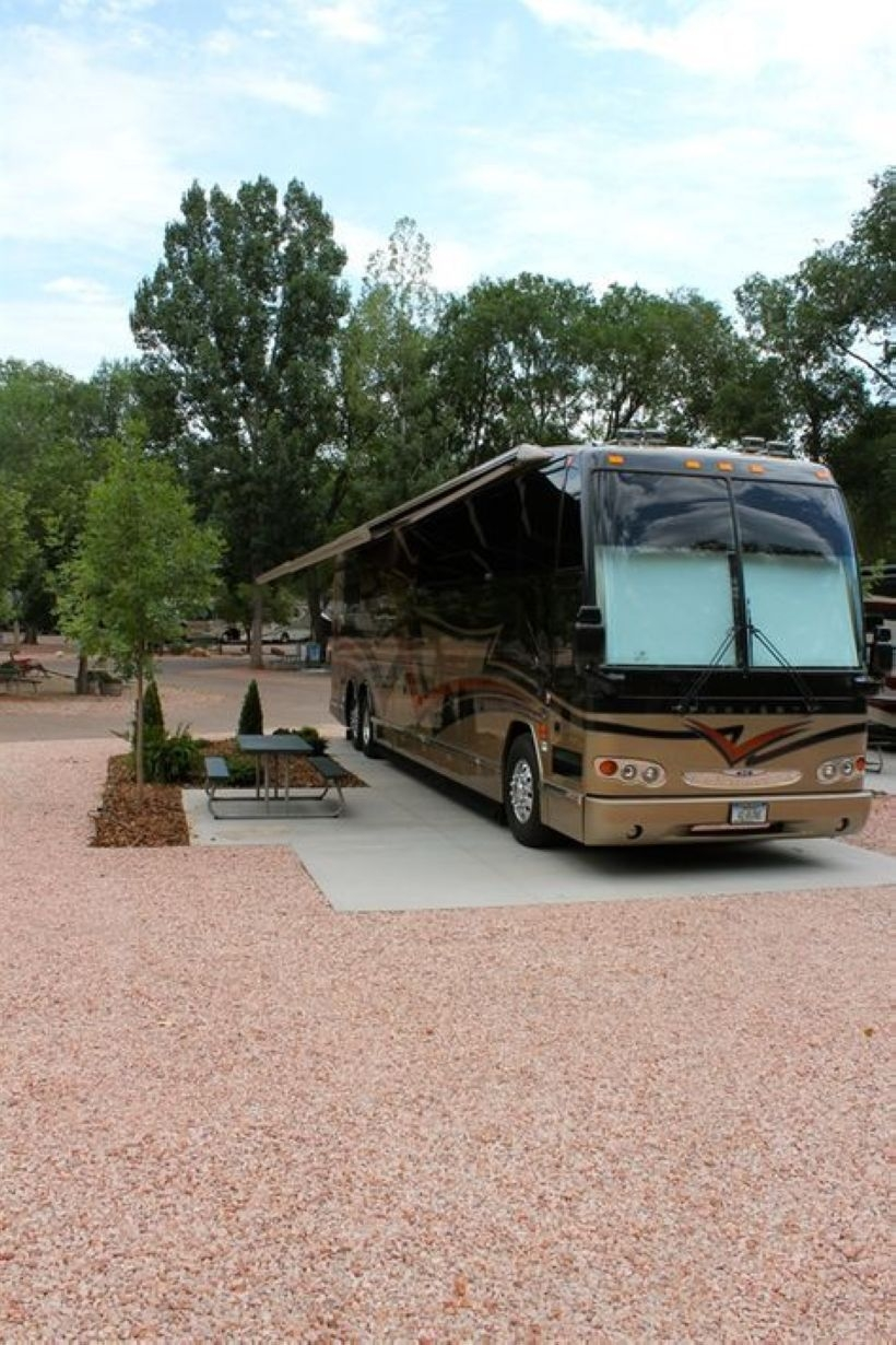 Best RV Full Time For As A Family 22