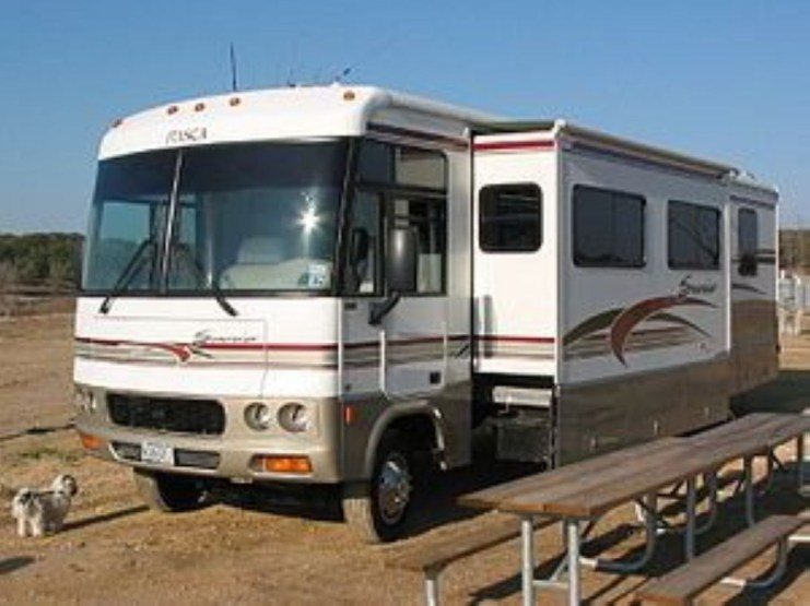 Best RV Full Time For As A Family 25