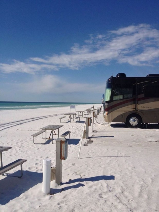 Best RV Full Time For As A Family 37