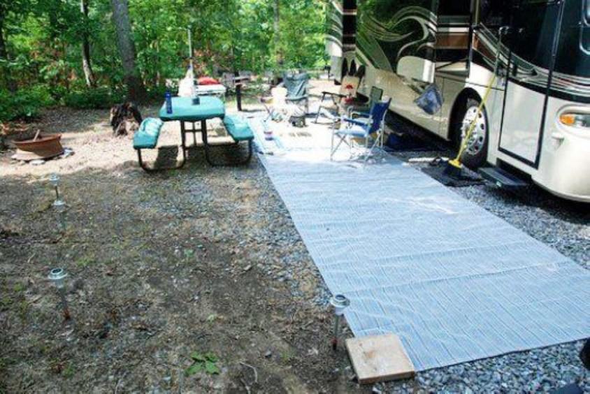 Best RV Full Time For As A Family 40