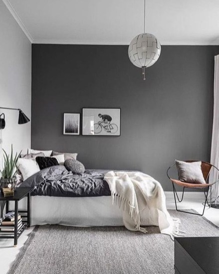 Cozy Bedroom Ideas For Your Tiny Apartment 05