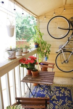 Creative Yet Simple Balcony Decor Ideas For Apartement27