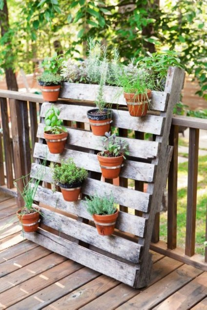 Easy DIY Ideas For Old Pallet Wood 29
