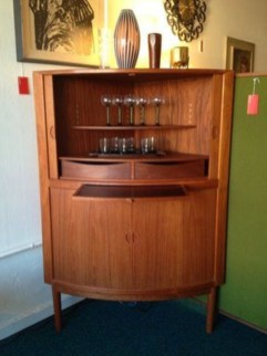 Mid Century Modern Furniture To Beautify Your Home 07