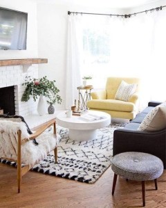 Neat And Cozy Living Room Ideas For Small Apartment 31