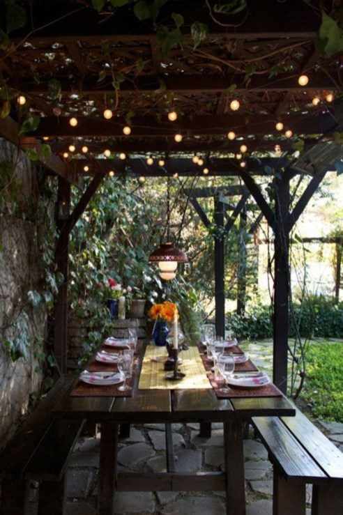 Pergola Ideas To Keep Cool This Summer 07