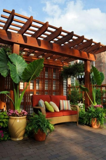 Pergola Ideas To Keep Cool This Summer 14