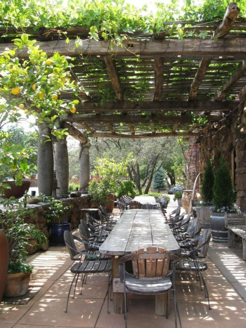 Pergola Ideas To Keep Cool This Summer 35