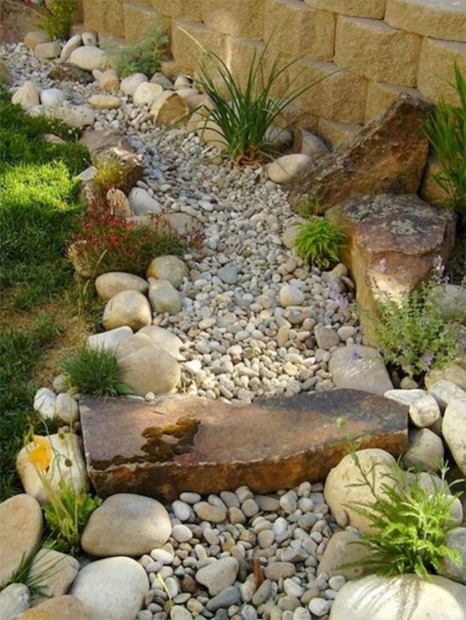 River Rock Landscape And Lavender Bush For Your Outdoor 07